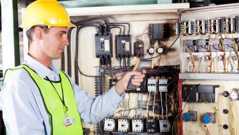 Telecoms lone working engineer